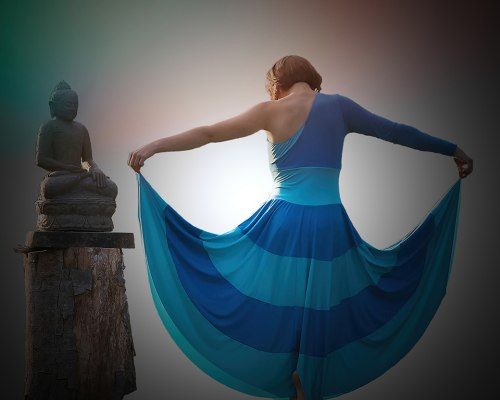Dancing with a Buda